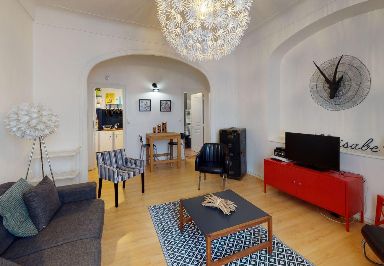 Studio à Biarritz - Studio cosy proche Grande Plage à Biarritz